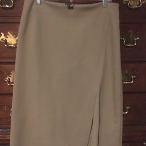 Preppy classic khaki crepe skirt by Theory label .